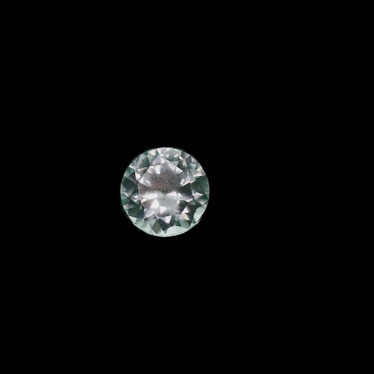 Synthetic White Spinel 5.25mm