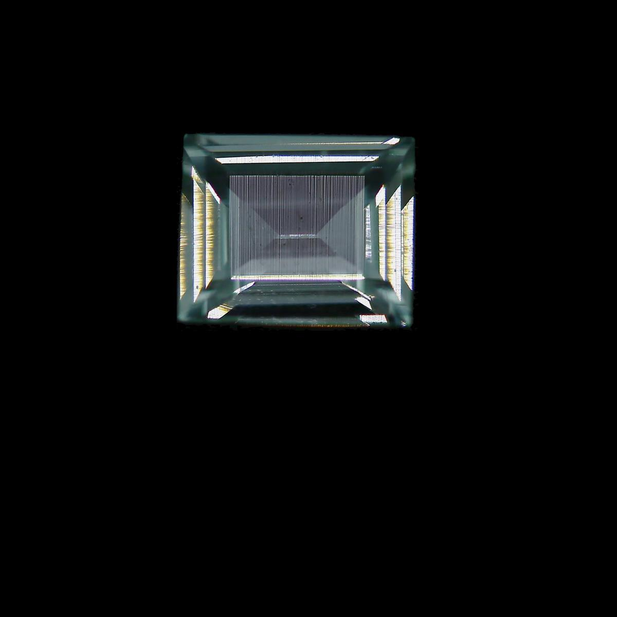 Synthetic White Spinel 8x6mm