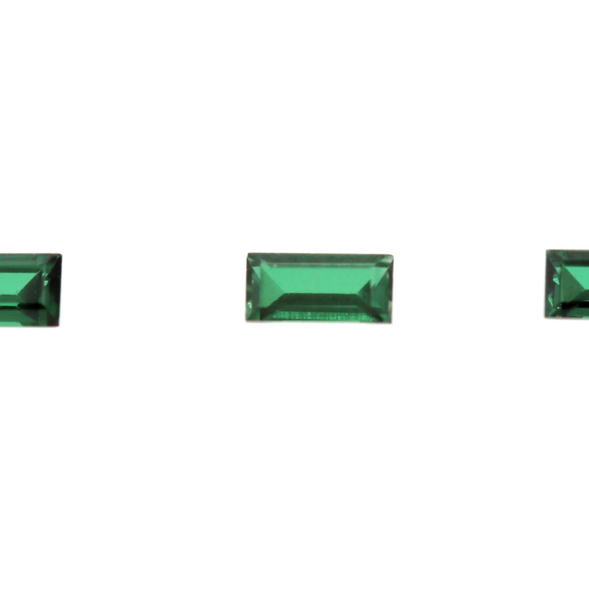 Synthetic Emerald Soude' 4x2mm