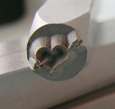Stamp - Heart with Wings 6mm